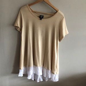 Bobeau from Nordstrom tan and white shirt